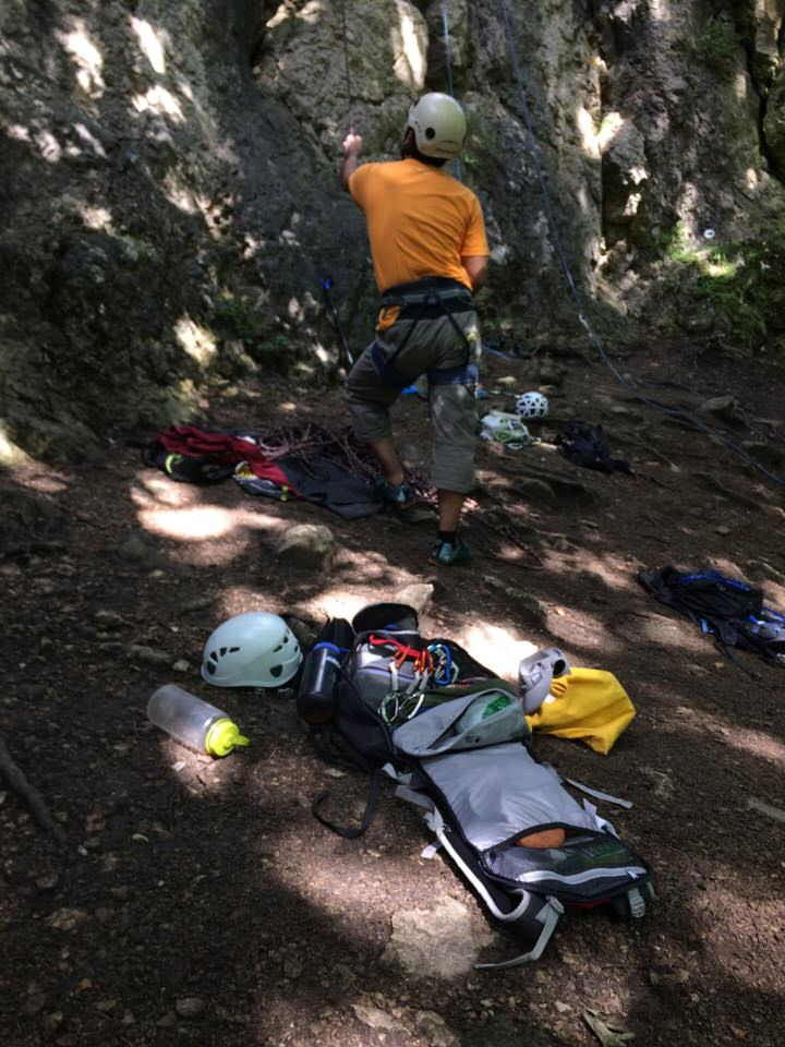 Roc35 climbing